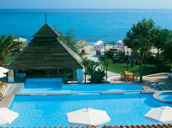 Naias Beach Hotel 3*